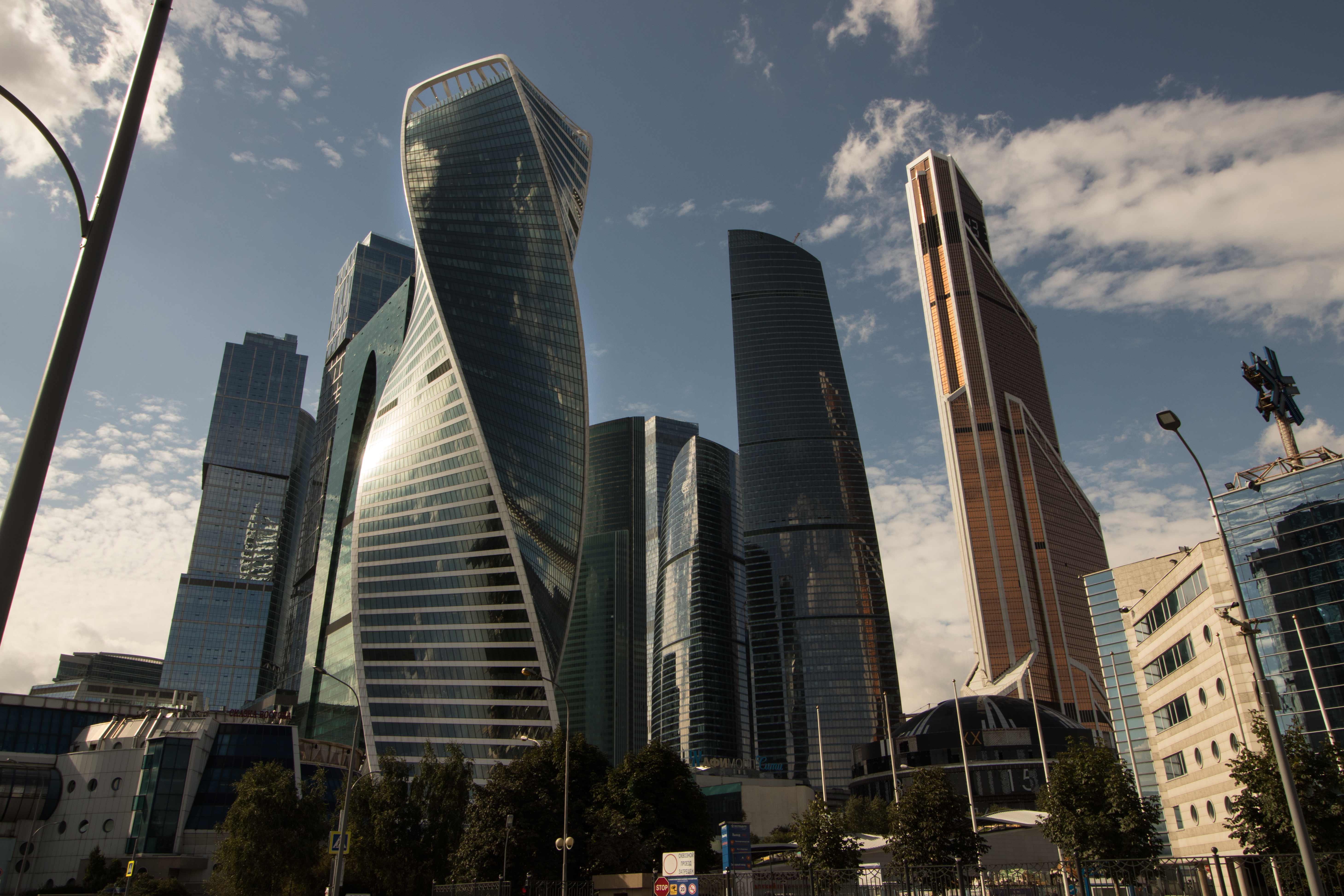картинки самого большого здания в москве готовностью постараюсь