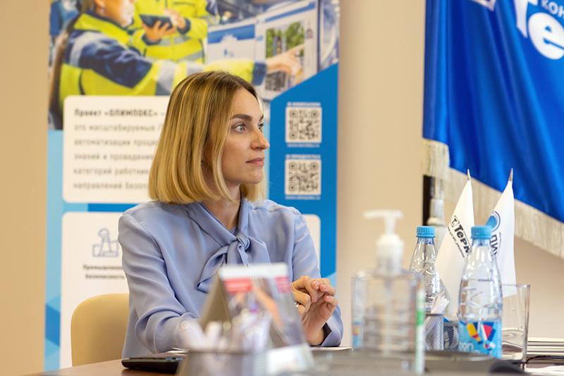 Первый заместитель руководителя по продажам Елена Ярославцева